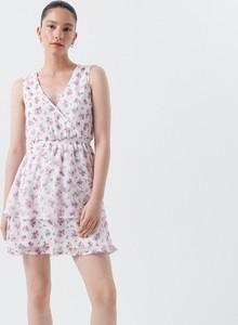 Sukienka Cropp kopertowa mini z dekoltem w kształcie litery v