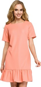 Różowa sukienka MOE z dekoltem w karo