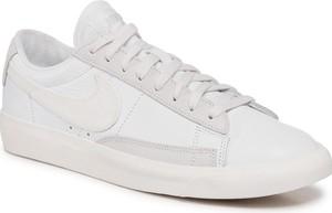 Buty NIKE - Blazer Low Leather CW7585 100 White/Sail/Platinum Tint