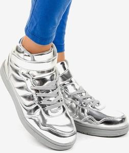 Sneakersy Gemre.com.pl z płaską podeszwą