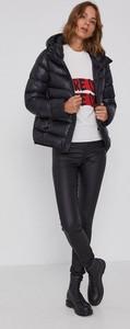 Czarna kurtka Colmar krótka w stylu casual