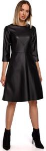 Czarna sukienka MOE z okrągłym dekoltem ze skóry ekologicznej