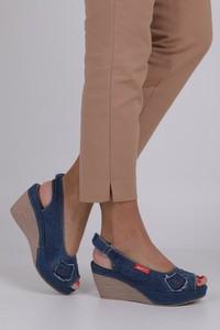 Niebieskie sandały Jezzi na obcasie