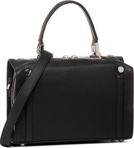 Czarna torebka Gino Rossi na ramię matowa