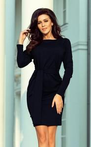 Czarna sukienka NUMOCO dopasowana z długim rękawem midi