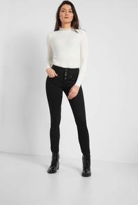 Czarne jeansy ORSAY w street stylu z jeansu