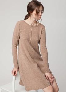 Sukienka Solar midi z długim rękawem rozkloszowana