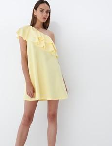 Sukienka Mohito mini prosta z krótkim rękawem