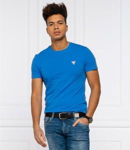 Niebieski t-shirt Guess w stylu casual