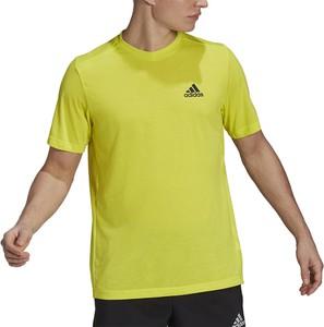 Żółty t-shirt Adidas w sportowym stylu z bawełny