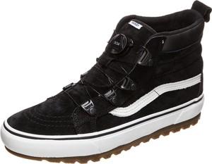 Czarne buty trekkingowe Vans z zamszu w sportowym stylu sznurowane