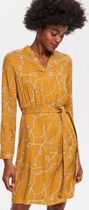 Żółta sukienka Reserved z dekoltem w kształcie litery v midi w stylu casual
