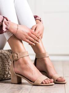 Sandały Czasnabuty na wysokim obcasie