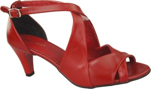 Czerwone sandały Jankobut w stylu klasycznym na niskim obcasie