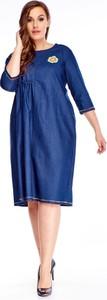 Sukienka N/A w stylu casual z długim rękawem z okrągłym dekoltem