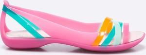 Różowe baleriny Crocs