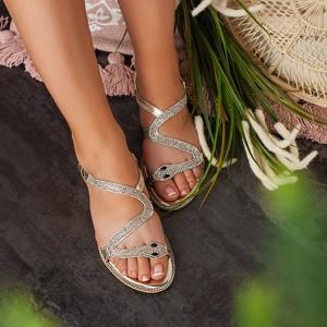 Złote sandały Royalfashion.pl w stylu casual z płaską podeszwą