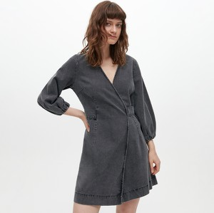 Sukienka Reserved mini kopertowa z długim rękawem