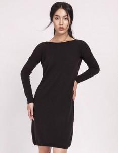Czarna sukienka Lanti z długim rękawem