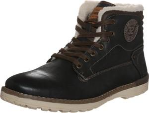 Czarne buty zimowe mustang sznurowane