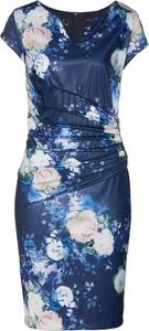 Niebieska sukienka bonprix bpc selection midi ołówkowa z krótkim rękawem