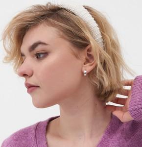 Sinsay - Opaska na włosy z perełkami - Biały