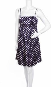Granatowa sukienka Monrow w stylu casual mini