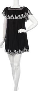Czarna sukienka George z krótkim rękawem