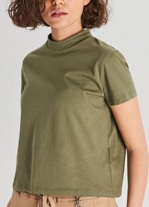 Zielony t-shirt Cropp z krótkim rękawem w stylu casual
