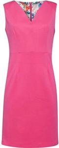 Różowa sukienka Smashed Lemon midi z dekoltem w kształcie litery v bez rękawów