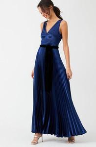 Granatowa sukienka V by Very z dekoltem w kształcie litery v