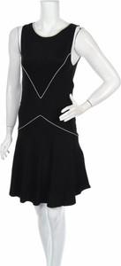 Czarna sukienka Le Petit Baigneur mini rozkloszowana bez rękawów