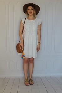 Sukienka arioso.pl mini z okrągłym dekoltem z krótkim rękawem