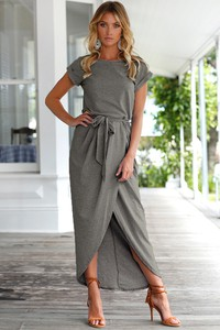 5e69615772 sukienka maxi dresowa - stylowo i modnie z Allani