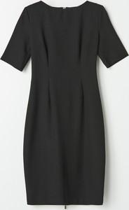Czarna sukienka Mohito w stylu casual ołówkowa mini