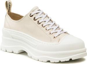 Buty sportowe Carinii na platformie ze skóry sznurowane