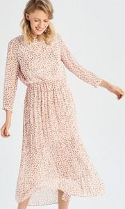 Różowa sukienka Sinsay midi