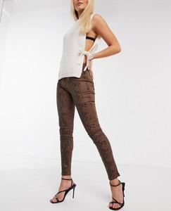 Brązowe jeansy Morgan w street stylu