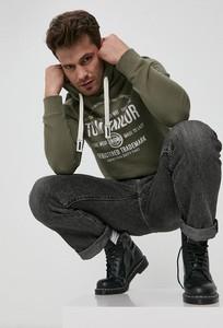 Zielona bluza Tom Tailor w młodzieżowym stylu