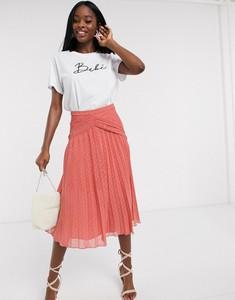 Różowa spódnica Asos z żakardu