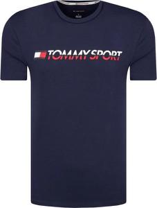 T-shirt Tommy Sport w młodzieżowym stylu