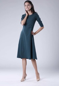 Sukienka Nommo z długim rękawem rozkloszowana midi