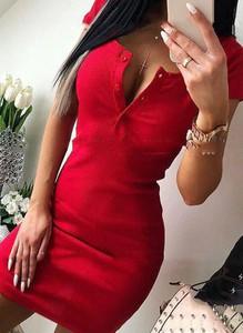 Czerwona sukienka Arilook na ramiączkach
