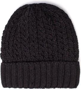 Czarna czapka Be