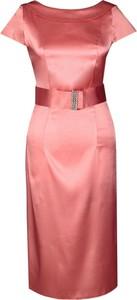 Różowa sukienka Fokus z okrągłym dekoltem