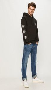 Bluza Volcom w młodzieżowym stylu