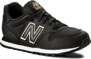 Czarne buty sportowe New Balance z płaską podeszwą sznurowane