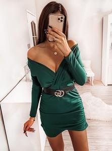 Sukienka Pakuten mini z długim rękawem dopasowana