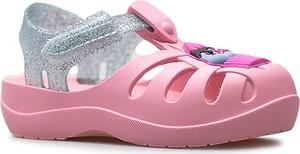 Różowe buty dziecięce letnie Ipanema na rzepy