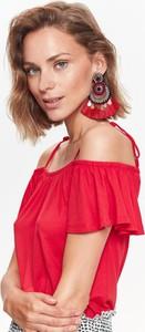 Czerwona bluzka Top Secret z krótkim rękawem
